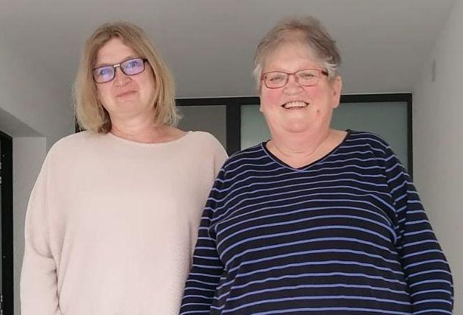 Rechts Frau Joos, links Frau Götz